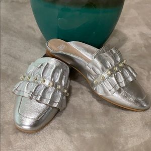 ⬜️ BP.  Silver Studded Slip On Loafers ⬜️